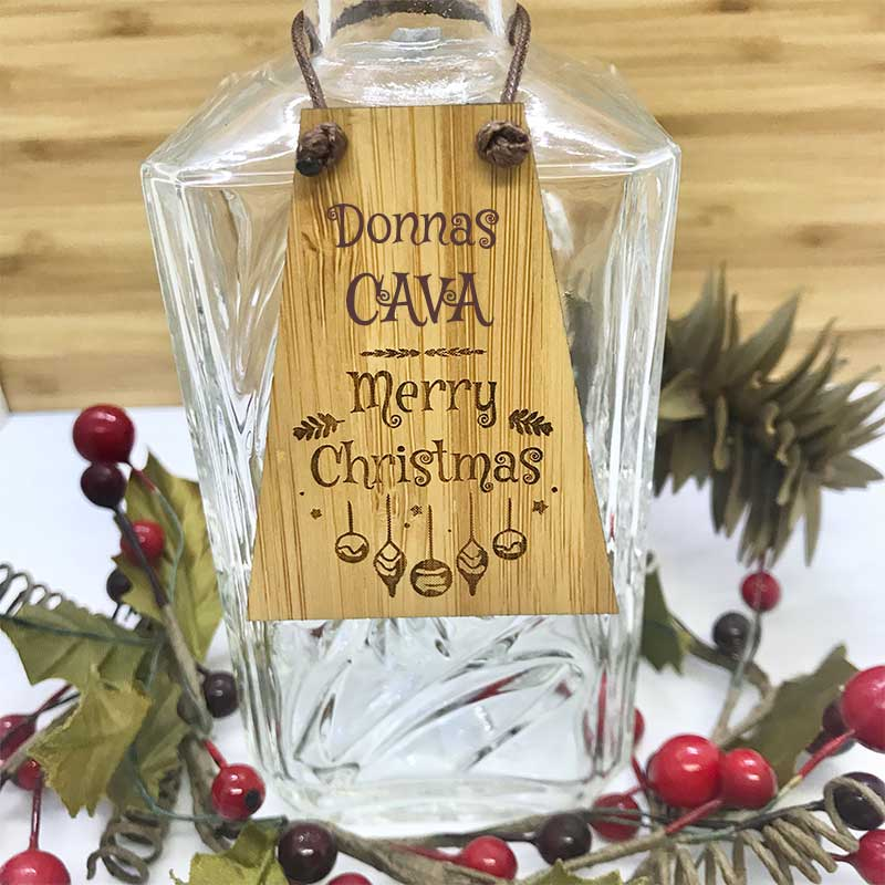 Cava Bottle Tag Drinks Plaque in Bamboo ''Merry Christmas'' Personalised with your own words