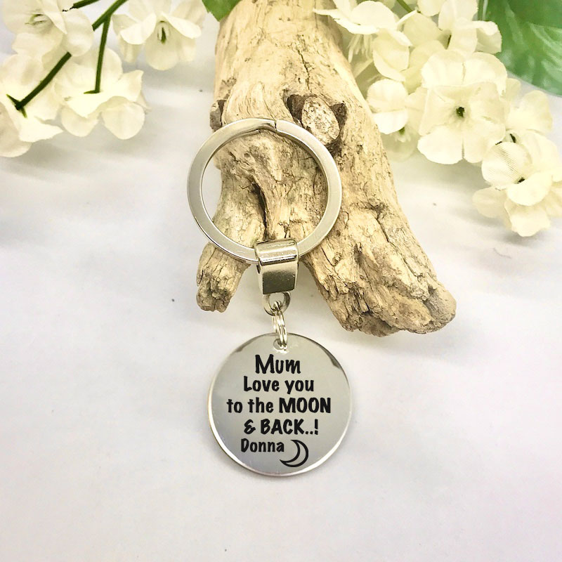 Personalised Keyring with MUM LOVE YOU TO THE MOON AND BACK