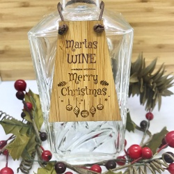 Wine Bottle Tag Drinks Plaque in Bamboo ''Merry Christmas'' Personalised with your own words